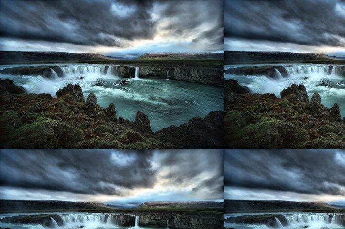 Tapeta Pixerstick HDR pohled Godafoss Falls - Přírodní krásy