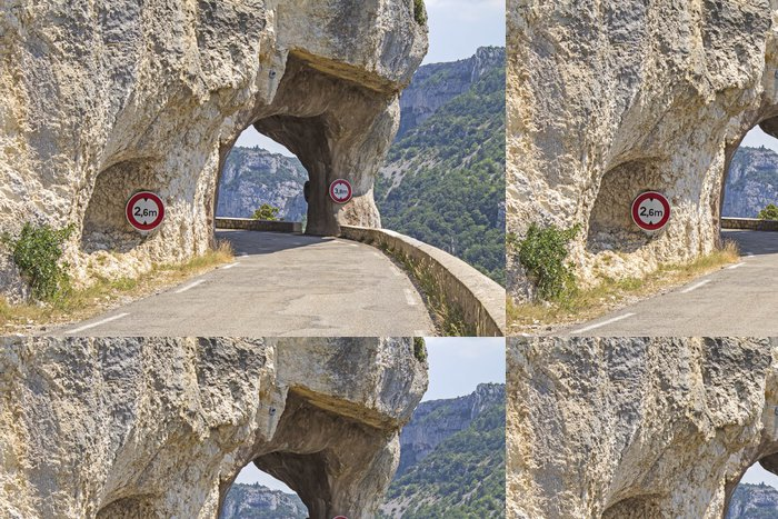 Tapeta Pixerstick Horská silnice, od soutěsky de la Nesque. Provence. - Evropa