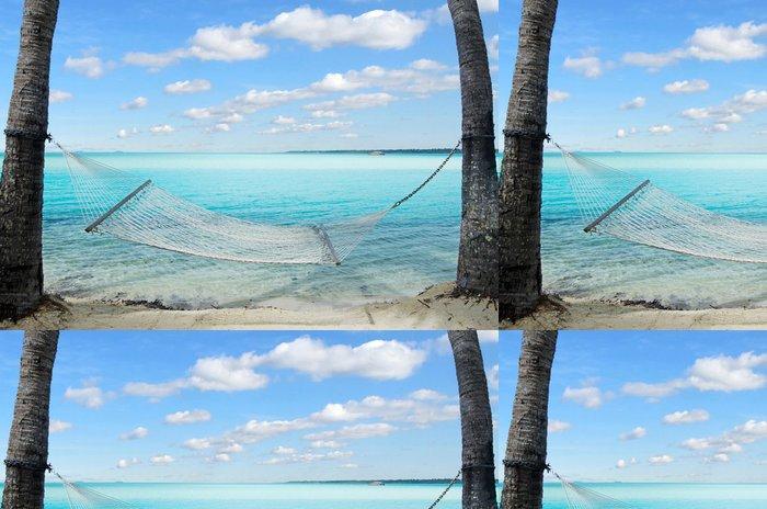 Vinylová Tapeta Houpací síť na kokosovými palmami v tropickém ostrově - Prázdniny