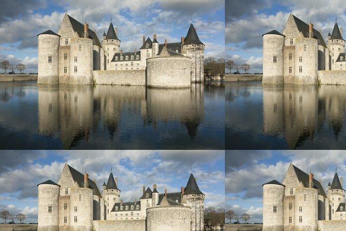 Tapeta Pixerstick Hrad Sully-sur-Loire, Loiret, Francie - Témata