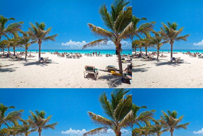 Vinylová Tapeta Idylické pláži u Karibského moře v Mexiku - Amerika
