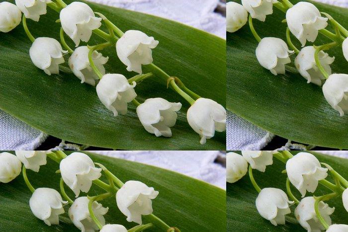 Tapeta Pixerstick Jarní květiny lilie z údolí - Květiny