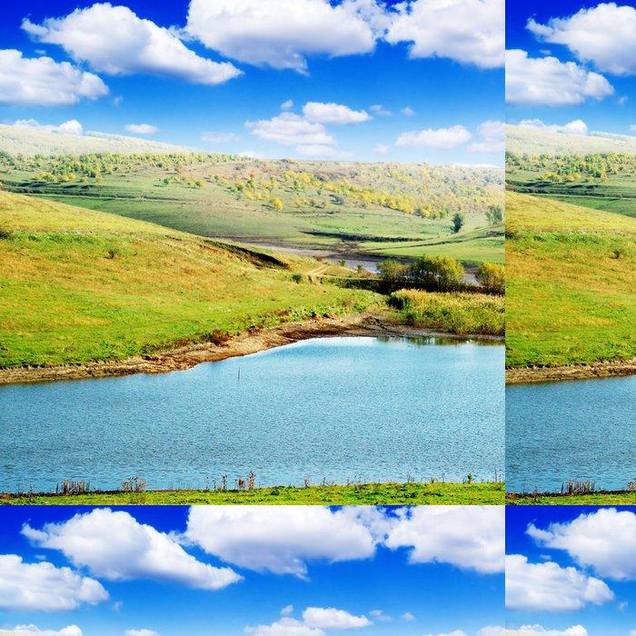 Vinylová Tapeta Jezero a zelené pole - Roční období