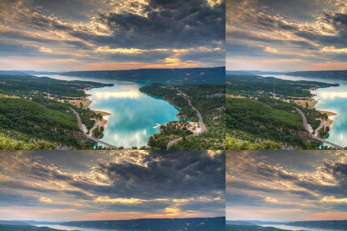 Tapeta Pixerstick Jezero Sainte-Croix při západu slunce - Evropa