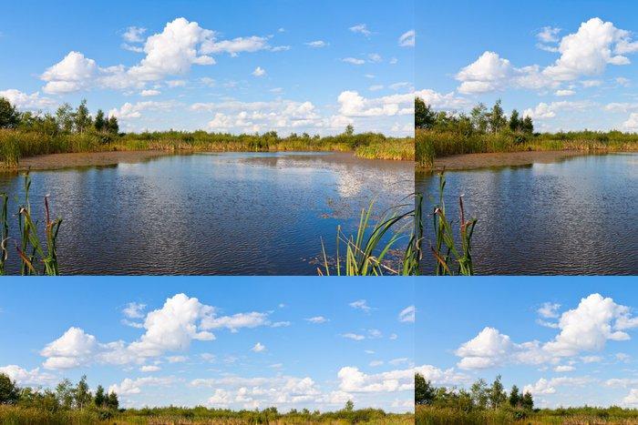 Tapeta Pixerstick Jezero v pěkný den - Voda