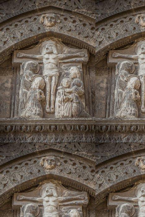 Tapeta Pixerstick Ježíš Kristus kříž reliéf - Veřejné budovy