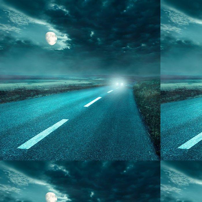 Tapeta Pixerstick Jízda na asfaltové silnici v noci na světlomety - Nebe