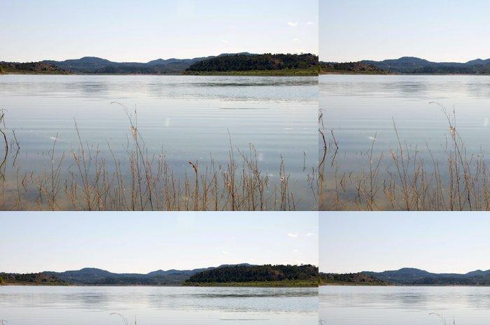 Tapeta Pixerstick Klidné jezero - Outdoorové sporty