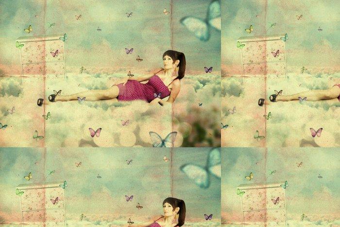 Vinylová Tapeta Koláž. krása mladá žena na obloze, v oblacích - Styly
