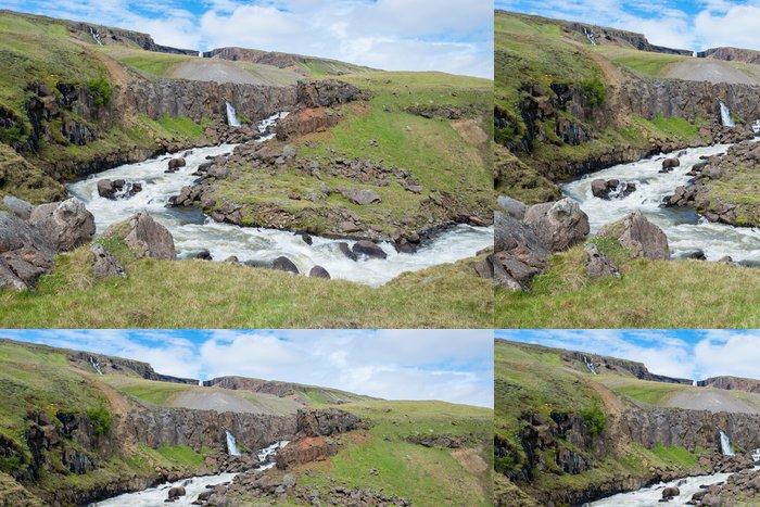 Tapeta Pixerstick Krajina poblíž Hengifoss vodopád, Island - Evropa