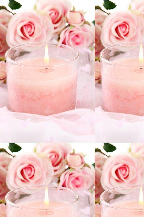 Tapeta Pixerstick Krásná svíčka s květinami na bílé látky, zblízka - Květiny