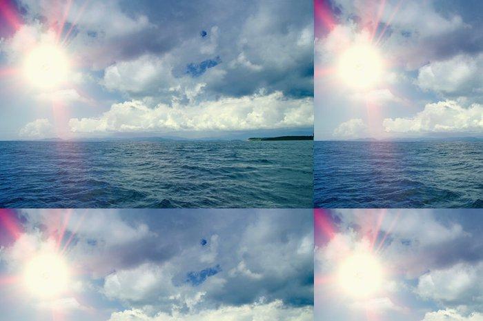 Tapeta Pixerstick Krásné moře a mraky nebe - Roční období