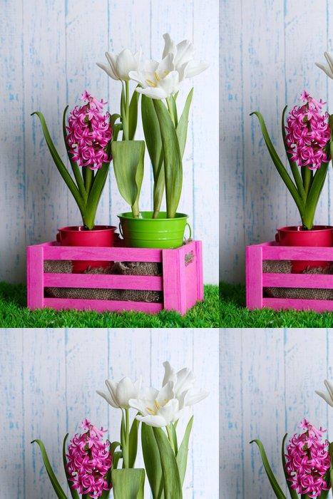 Tapeta Pixerstick Krásné tulipány a hyacint květiny - Květiny