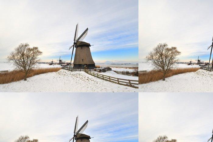 Tapeta Pixerstick Krásné zimní krajina větrný mlýn - Roční období