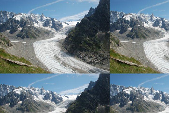 Tapeta Pixerstick La Mer de Glace, Massif du Mont-Blanc, Francie - Přírodní krásy