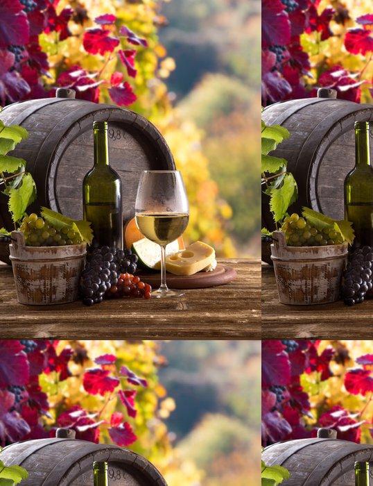 Tapeta Pixerstick Láhev vína a sklenice na dřevěném stole - Jídla