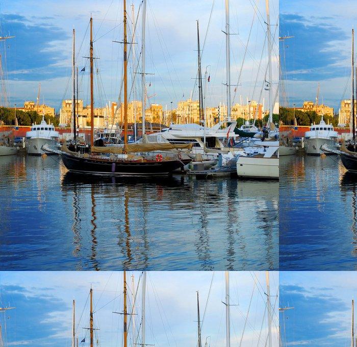 Tapeta Pixerstick Lodě a jachty v Port Vell, Barcelona, Španělsko - Témata