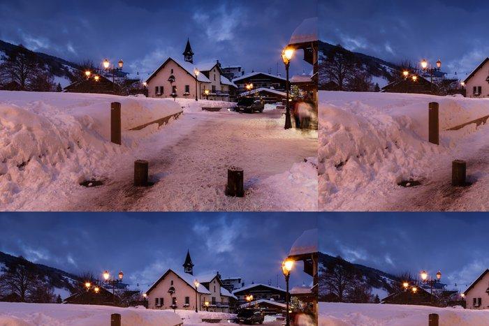 Tapeta Pixerstick Lyžařské středisko Megeve na francouzských Alp v noci - Evropa