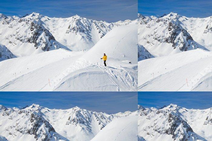 Tapeta Pixerstick Lyžování v jarních Pyrenejích - Zimní sporty