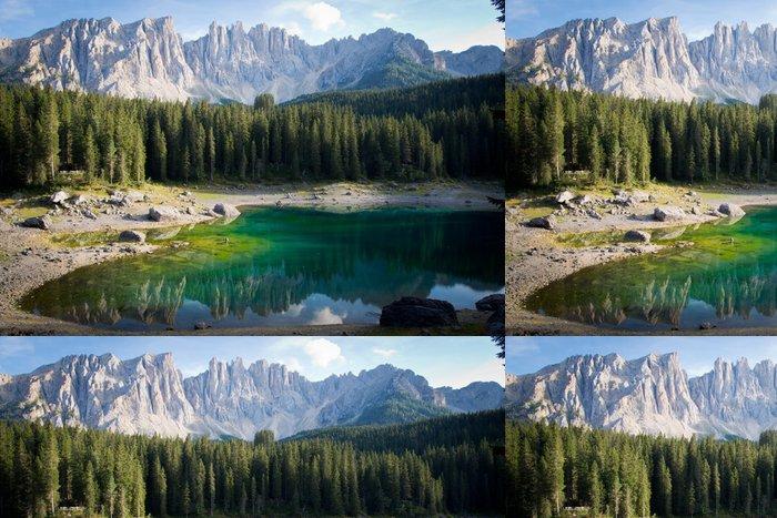 Tapeta Pixerstick Malebné dolomity s Lago de Carezza - Evropa