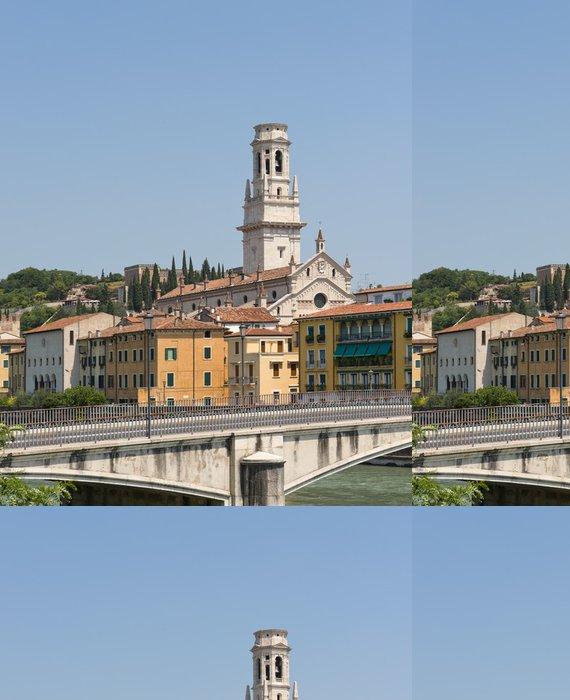 Tapeta Pixerstick Most přes řeku Adige Veroně v Itálii - Evropa