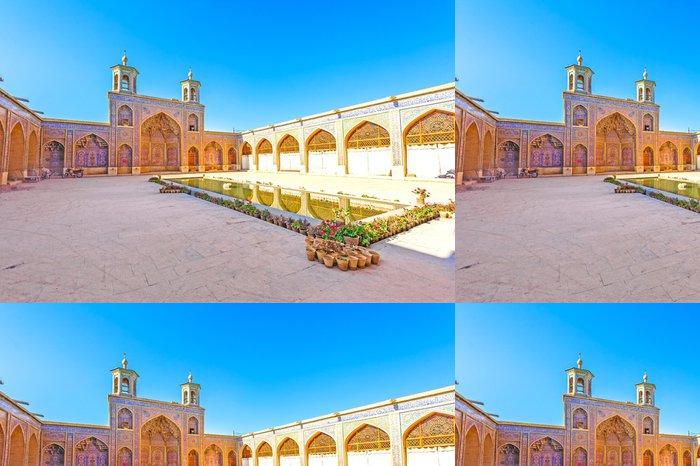 Vinylová Tapeta Nasir al-Mulk Mosque in Shiraz, Írán - Střední Východ