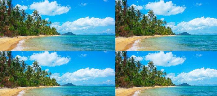 Tapeta Pixerstick Nedotčená tropické pláže - Voda