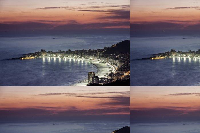 Vinylová Tapeta Noc na pláži Copacabana v Rio de Janeiru - Americká města