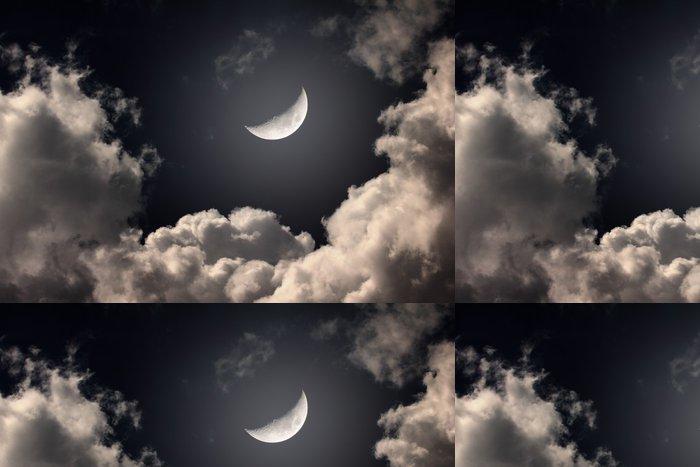 Tapeta Pixerstick Noční oblohy s měsícem a mraky - Témata