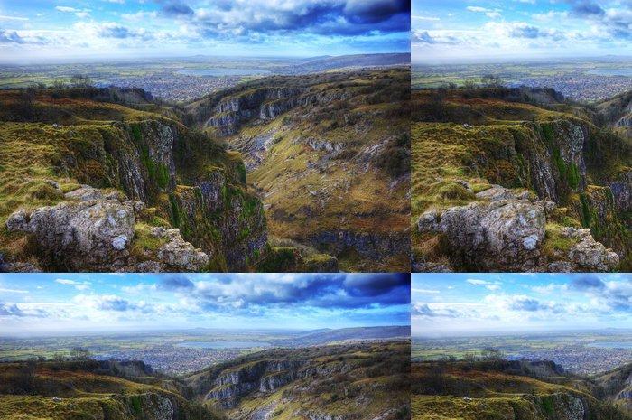 Tapeta Pixerstick Ohromující krajiny přes vrchol dávné horské soutěsky - Nebe