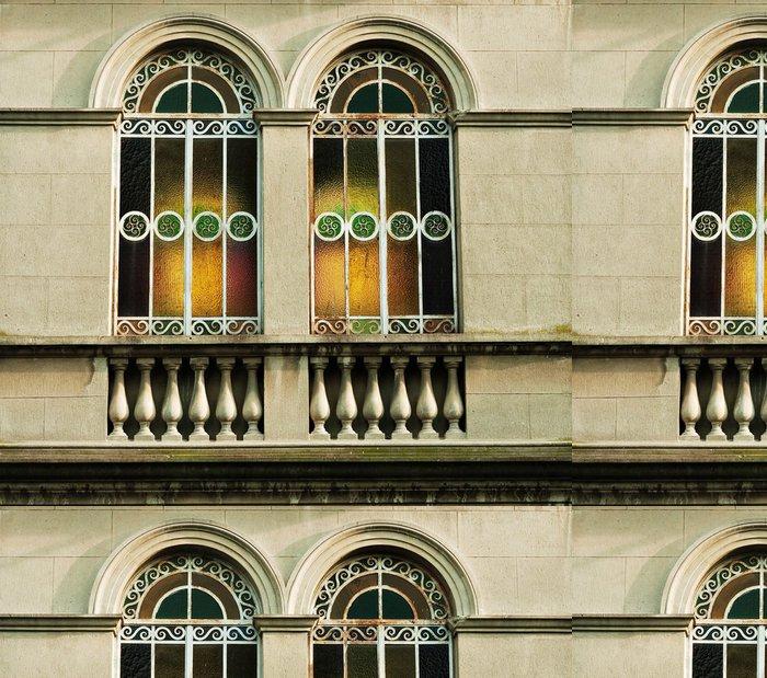 Tapeta Pixerstick Okno Liberty s duhovými odlesky z barevného skla - Soukromé budovy
