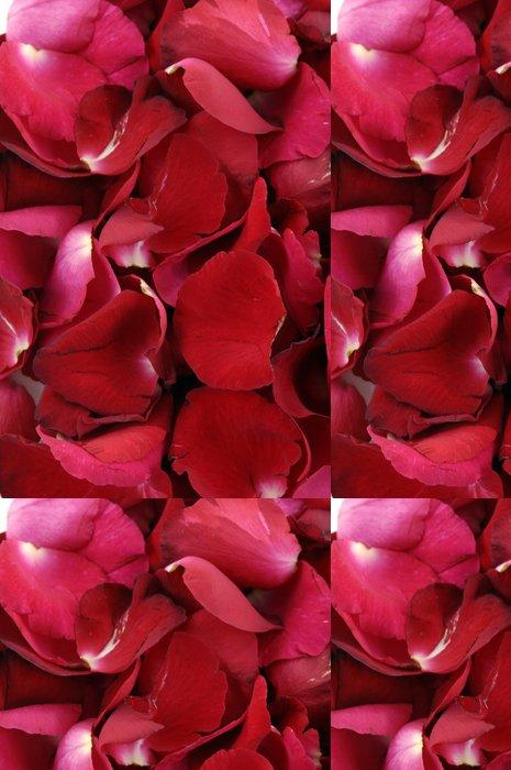 Tapeta Pixerstick Okvětní lístky růží tvořící texturu - Životní styl, péče o tělo a krása