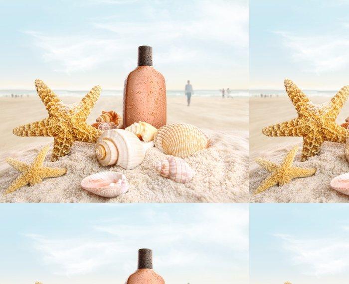 Vinylová Tapeta Opalovací krém a mušle na pláži - Prázdniny