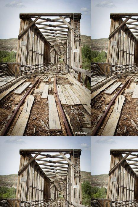 Tapeta Pixerstick Opuštěný most - Přírodní krásy
