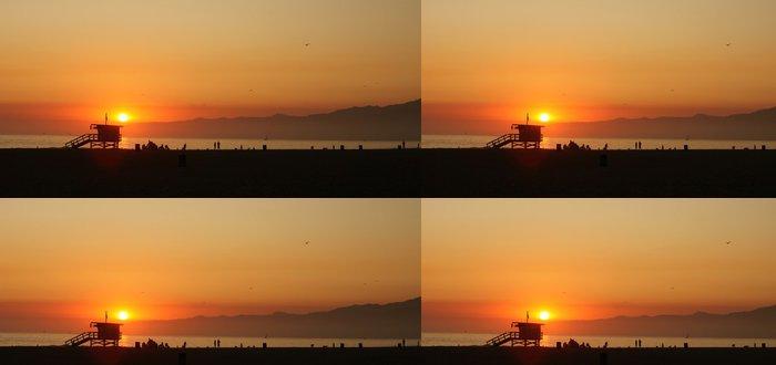 Tapeta Pixerstick Orange Sunset Podél moře v Venice Beach v Kalifornii - Příroda a divočina