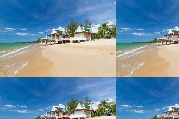 Tapeta Pixerstick Orientální architektura rekreační dům na pláži v Thajsku - Prázdniny