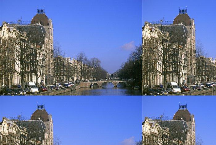 Tapeta Pixerstick Ostrý zimní den v Amsterdamu - Evropská města