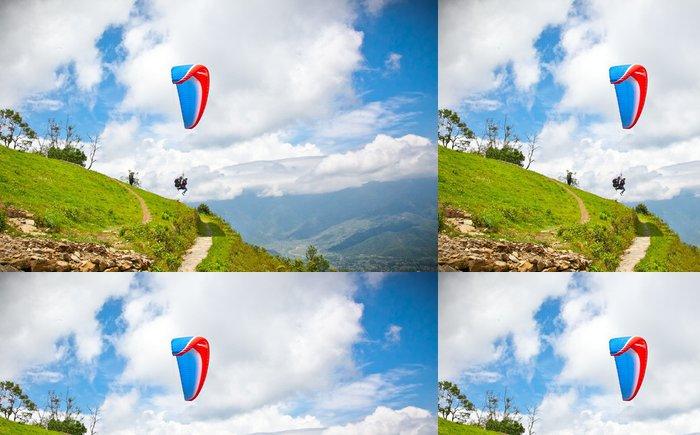 Tapeta Pixerstick Padákový kluzák letí proti Himaláje, Nepál. - Témata