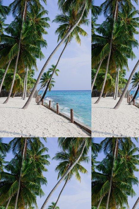 Tapeta Pixerstick Palmy na bílé pláži v Maledivy - Prázdniny