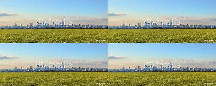 Vinylová Tapeta Panorama Frankfurtu s poli v popředí - Evropa