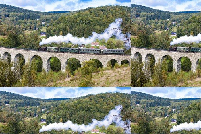 Tapeta Pixerstick Parní vlak na viadukt Novina, Kryštofovo údolí, Česká republika - Témata