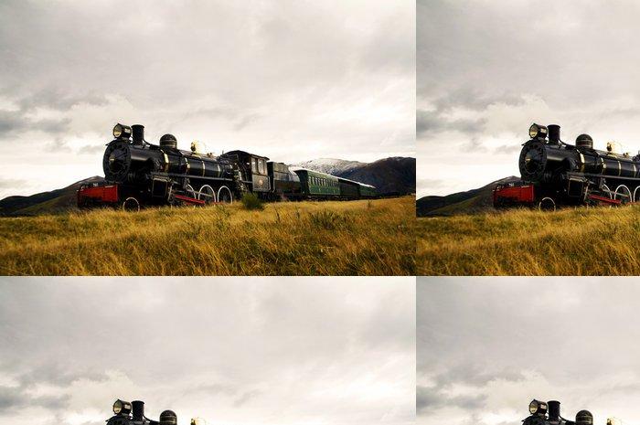 Tapeta Pixerstick Parní vlak ve volné přírodě - Témata