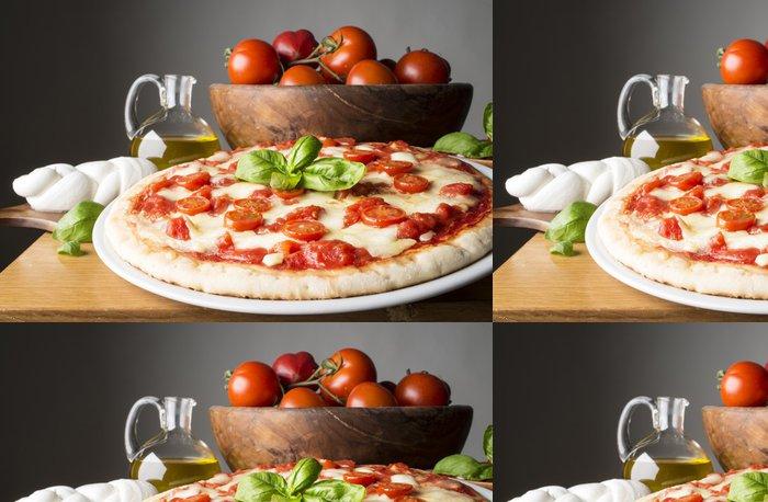 Tapeta Pixerstick Pizza s přísadami na dřevěném stole - Témata