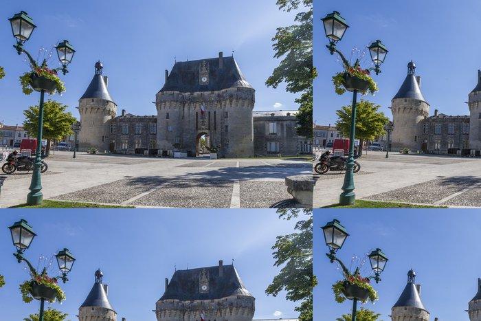 Vinylová Tapeta Place du château Jonzac - Prázdniny