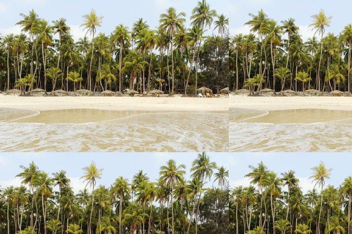 Tapeta Pixerstick Pláž s bílým pískem a palmy - Asie