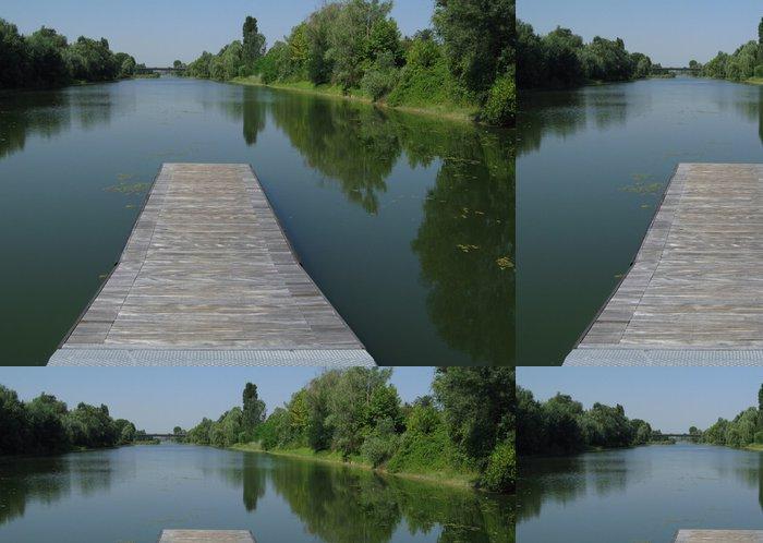 Tapeta Pixerstick Plovoucí most přes kanál - Zemědělství