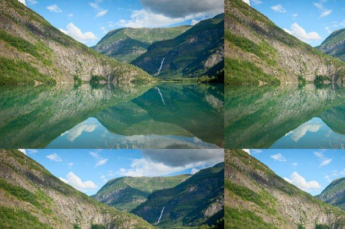 Tapeta Pixerstick Pohled na Lustrafjorden, Norsko - Evropa