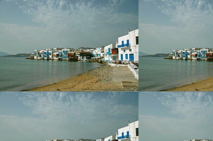 Tapeta Pixerstick Pohled na pobřežní vesnice v řeckých ostrovech - Evropa