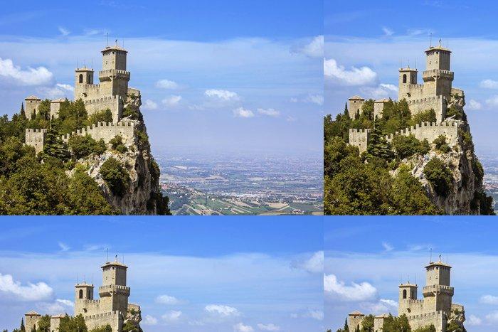 Tapeta Pixerstick Pohled na San Marino - pevnost Guaita - Evropa
