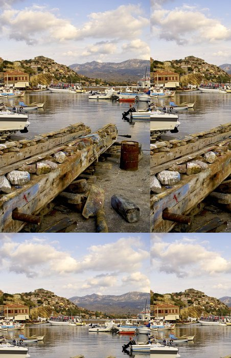 Vinylová Tapeta Pohled přes rybářského přístavu z Molyvos - Prázdniny